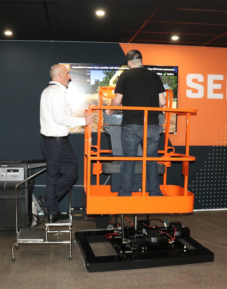 JLG 670SJ Training Simulator