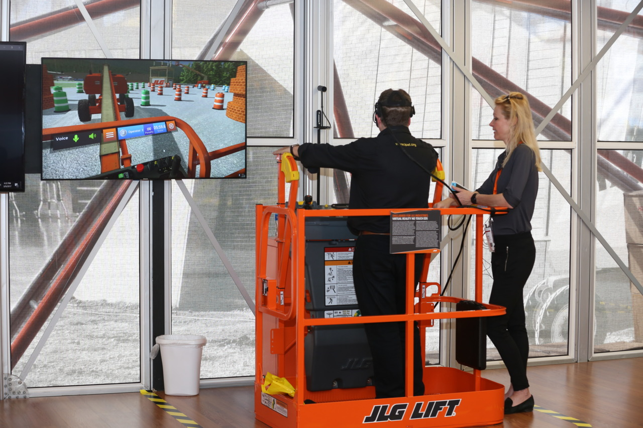 JLG AccessReady XR Virtual Reality Training Simulator by ForgeFX Simulations